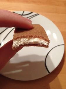 Joghurtschnitte angebissen